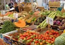 Bancarella di frutta