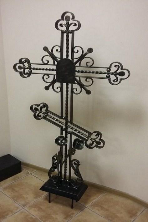Кованый крест 5