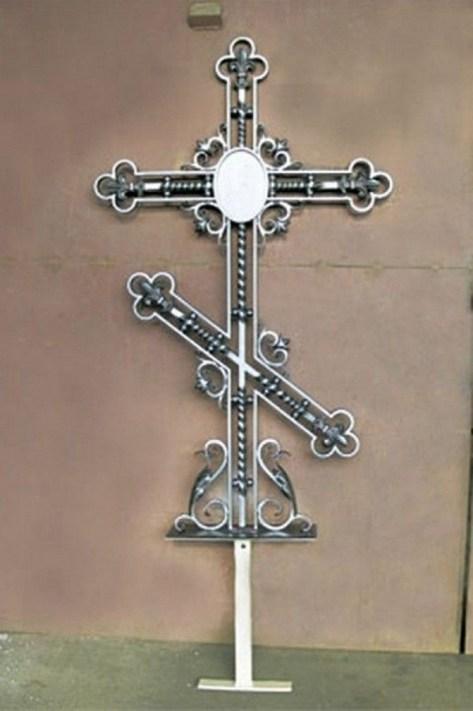 Кованый крест 24