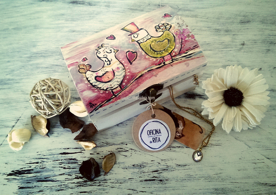 """Let me love you"" Wood Box - Rita Silva Artisen Creation - Hand painted, hand drawn & decoupage"
