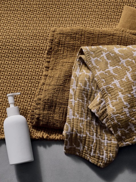 FW-19-20-SOCIETY-LIMONTA-_-CURCUMA-BATH-TOWELS