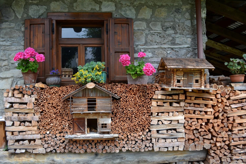 Decorazioni con il legno a Sauris