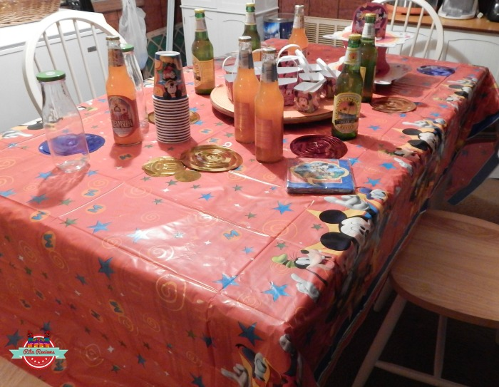 Disney Party Table
