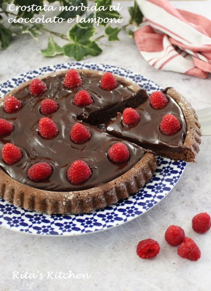 crostata morbida al cioccolato e lamponi