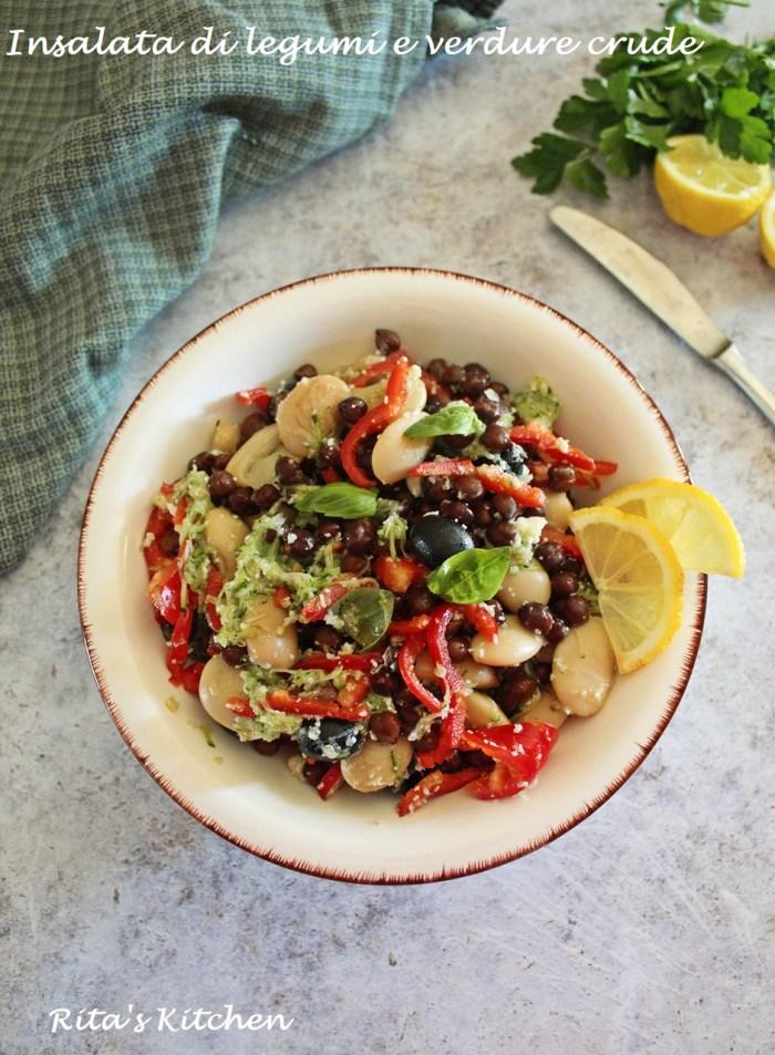 insalata di legumi e verdure crude