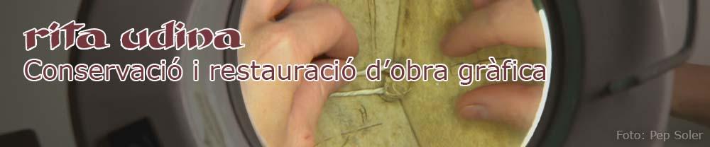 De professió, restauradora de llibres i documents