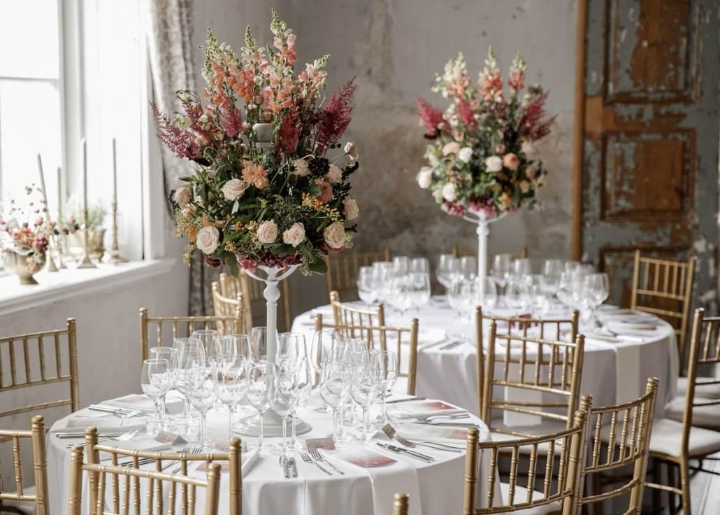 Vestuvių stalo gėlės Jakiškių dvare