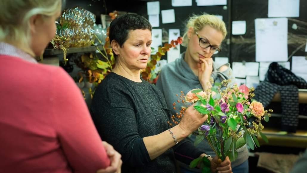 Rita Naujalienė floristikos kursų metu