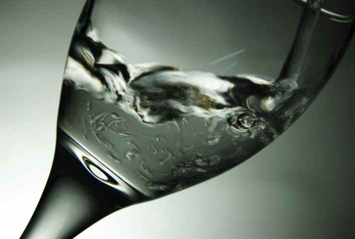 water-glass-drinking-glass-drinking-59871
