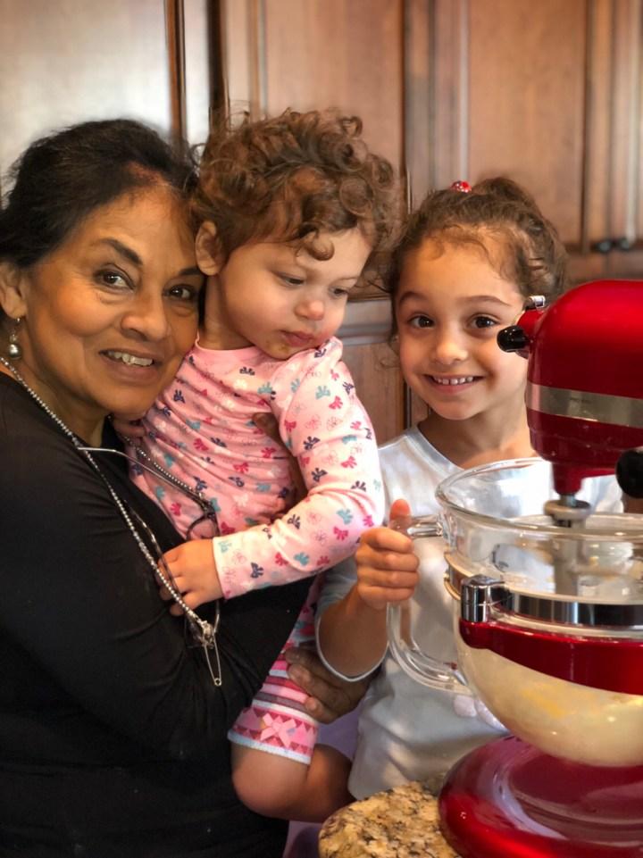 Three generations of Sri Lankan Americans