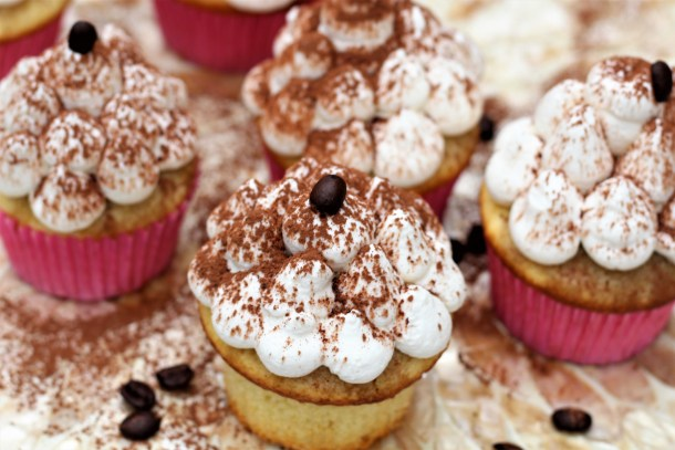 Starbucks Cloud Macchiato Cupcakes
