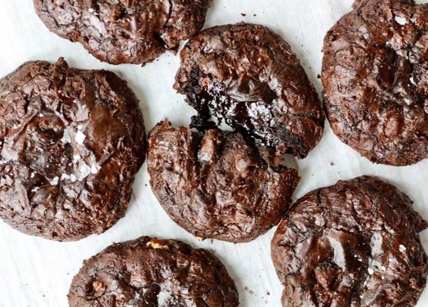bittersweet chocoalte crinkle cookies