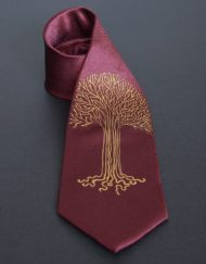 Maroon Gold ouk Tree Tie