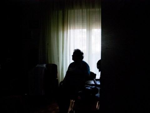 치유자가 해를 끼칠 때 : 건강 관리 산업의 여성 연쇄 살인범