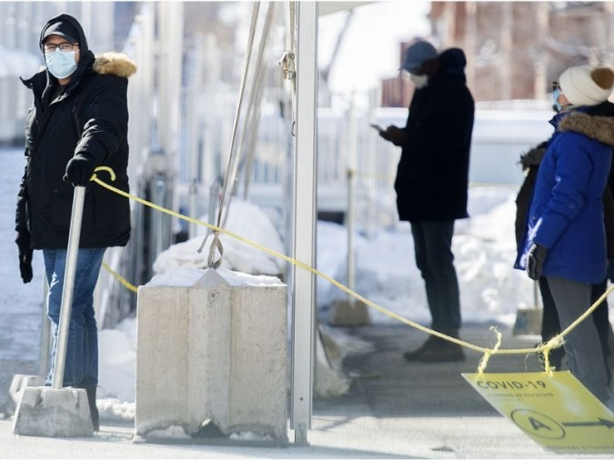 COVID-19 실시간 업데이트 : 퀘벡은 새로운 사례 800 건, 사망 14 건을보고합니다.  입원 감소