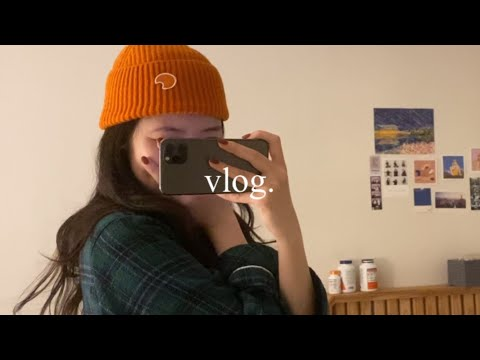  Work look vlog) Unboxing spring clothes.  Take a vacation and go to Mangwon-dong to draw a picture of a trip and go to a cafe.  Work hard and eat well.  First Subscriber Event💛
