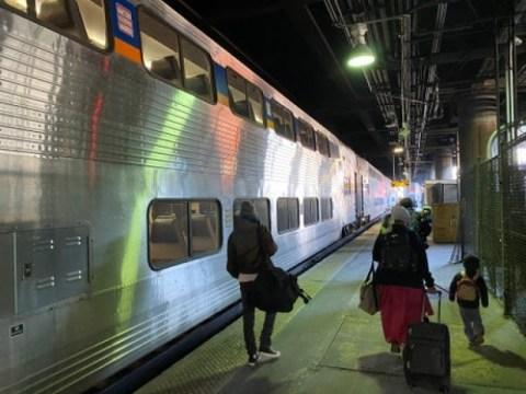 사우스 벤드로가는 느린 기차 : Pete Buttigieg의 고향으로가는 암트랙을 타면서 미국 철도에 대해 배웠습니다.