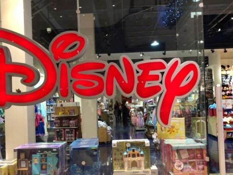 การปิด Disney Store 2021: สถานที่ใกล้เคียงที่สุดของคุณมีการขายการชำระบัญชีหรือไม่?  ดูรายการการปิด
