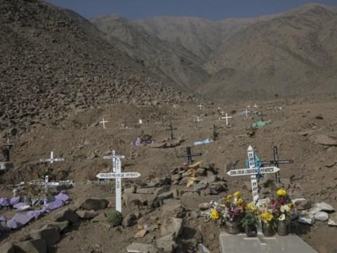 Korban tewas coronavirus Peru dari 70.000 menjadi 180.000 koreksi  populasi terbesar di dunia