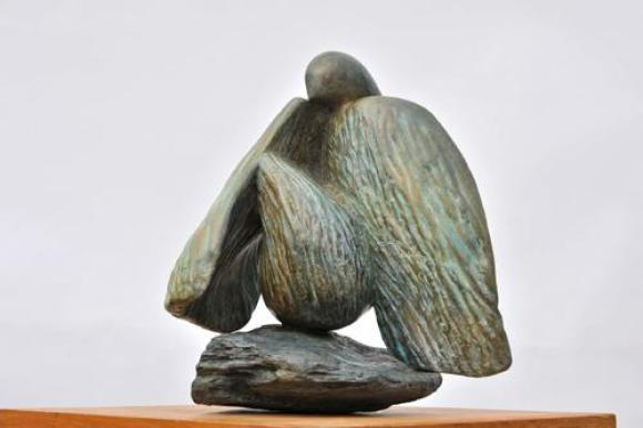 sculpture d'oiseau colombe de Dominique Rivaux - paix