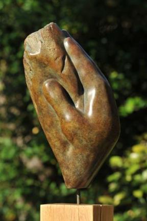 Main en bronze de Dominique Rivaux