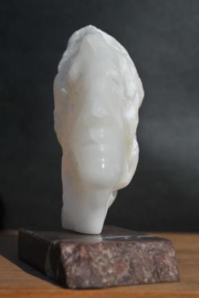 sculpture de visage, de profil - Indien de Dominique Rivaux