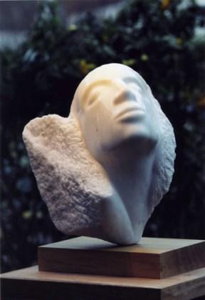 sculpture du visage d'une femme - invitation