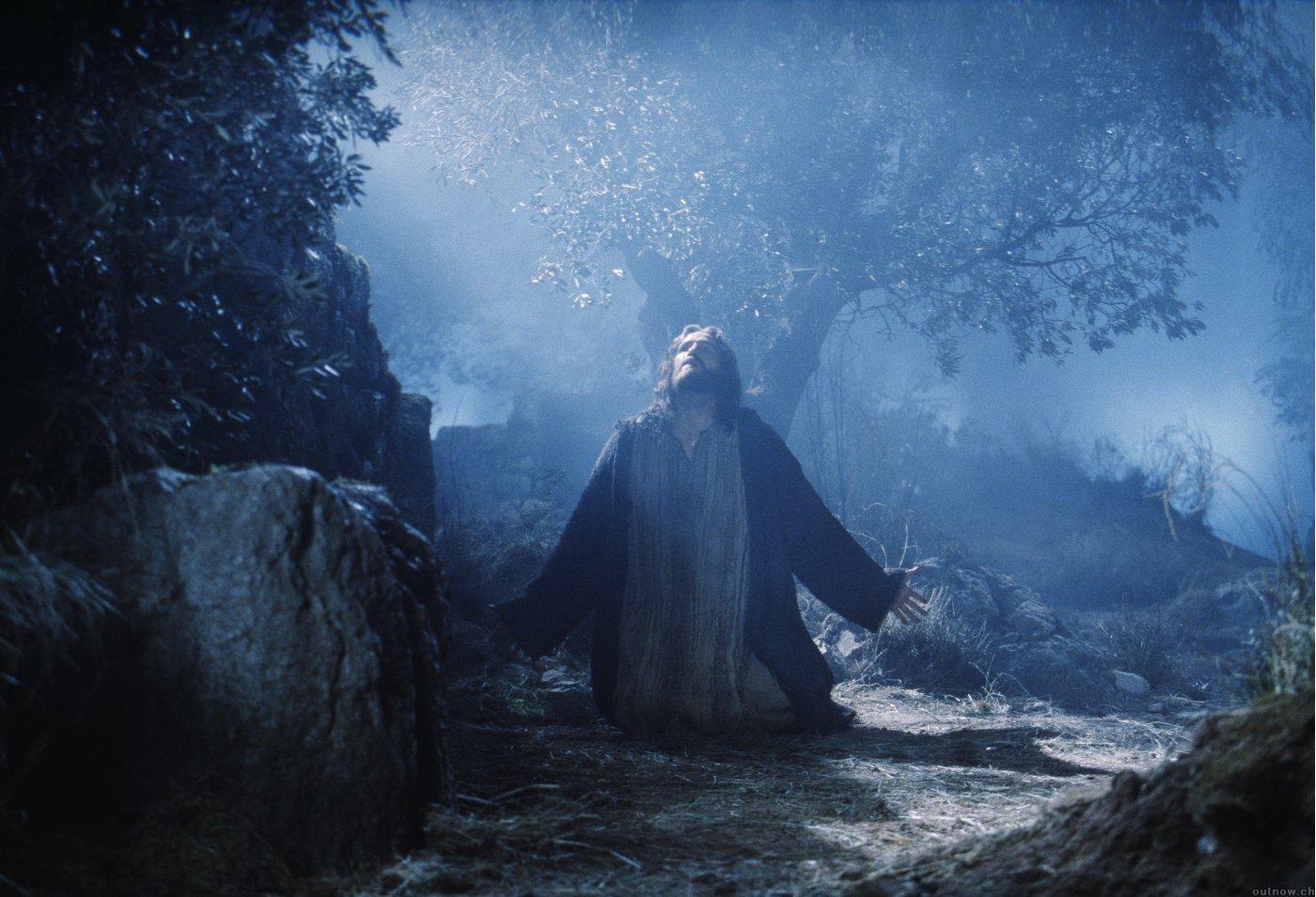 GESÙ NEL GETSEMANI: LE 6 PROMESSE DEL FIGLIO DI DIO A CHI SI RICORDA DI LUI