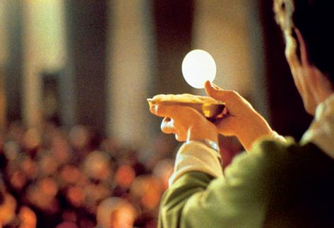 Santissima eucarestia, come ricevere la comunione durante la santa messa