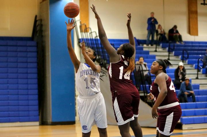 Riverhead girls basketball loses narrowly to bay shore 73 for Riverhead bay motors service