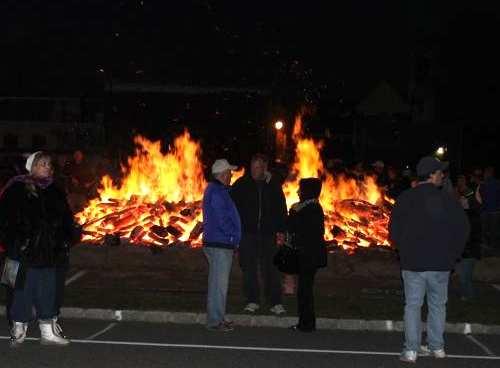 2011_1211_bonfire