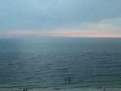 2012 0717 hazy beach scene