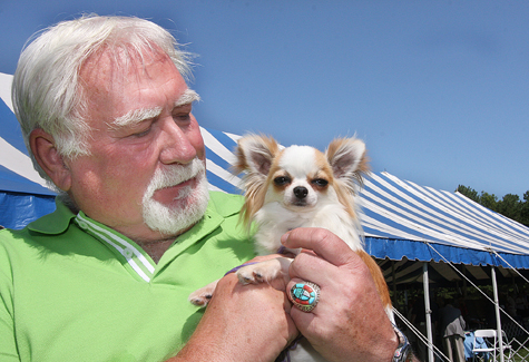 Shoshire Kennels co-owner Dwayne Early of Aquebogue and his two-year-old long-haired Chihuahua Lady Gaga last year. (Credit: Barbaraellen Koch, file)