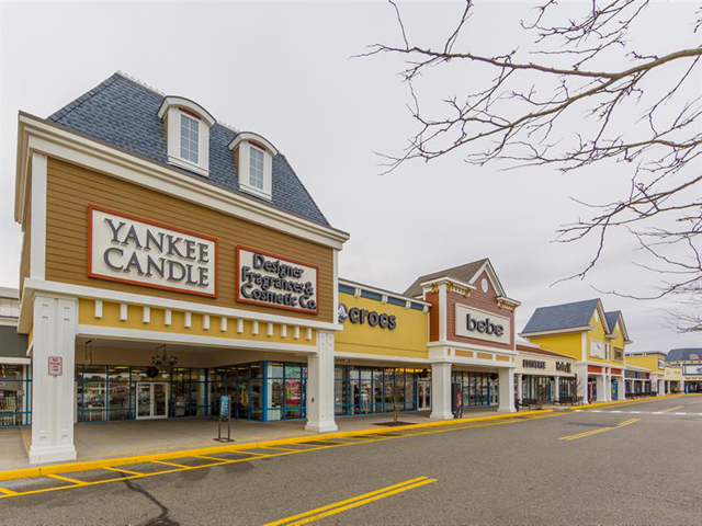 Tanger Outlets in Riverhead
