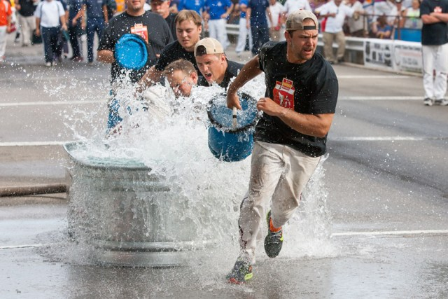 Bay Shore Redskins in bucket brigade competition.