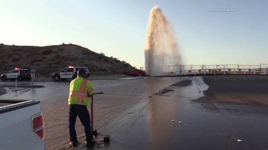 An EMWD employee responded to the location to turn off the flow to the fire hydrant. William Hayes / Loudlabs News - LLN
