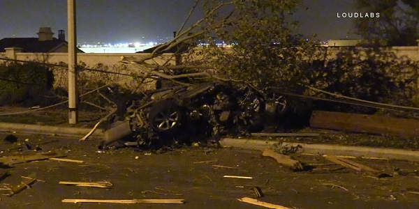 MORENO VALLEY: Driver killed after vehicle smashes into power pole, trees