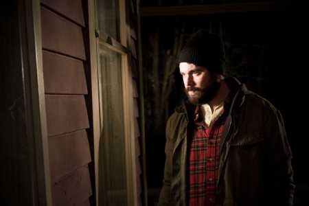 the-house-of-the-devil-aj-bowen-beard-flannel-window