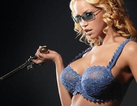338-0219194847-gun-girl-bra
