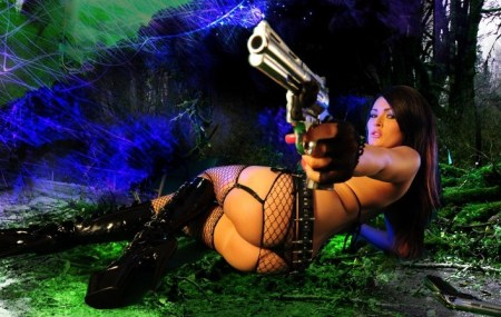 charlie-actiongirls-naked-with-guns-715x473