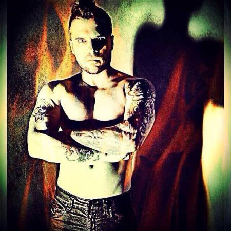 matt_farnsworth_dark_king (2)