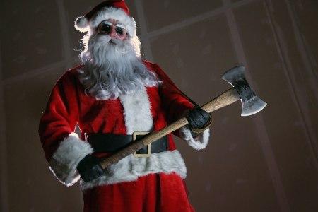 killer-santa-in-silent-night-deadly-night-remake