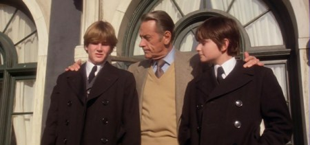 damien-omen-ii-richard-thorn-damien-mark-jonathan-scott-taylor-william-holden-lucas-donat