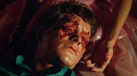 night-of-the-demons-horror-review (8)