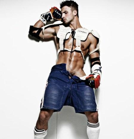 a-gear-men-guys-in-gear-naked-shirtless-ass-jocks-lycra-cups-football-wrestling-boxing-gay-hung-buldges-hairy-smooth-www.justajeepguydcmen.blogspot.com-01-23-06