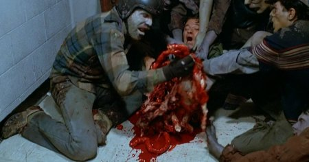 10-of-the-most-gruesome-deaths-in-movies-6