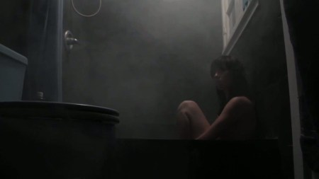 horror_whores_alyce_kills_naked_bath_tub