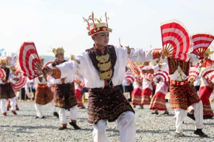 Alat musik tradisional pengiring tarian melinting