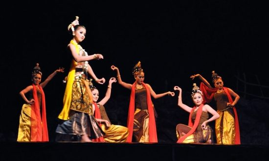 Seni Tari Ronggeng Jawa Barat