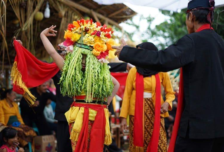 Kesenian tari seblang Banyuwangi, Jawa Timur
